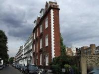 Тонкий дом, Лондон