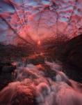 Гигантская ледовая пещера под Мутновским вулканом. Камчатка, Россия