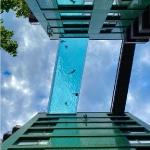 Бассейн в Лондоне в жилом комплексе Embassy Gardens